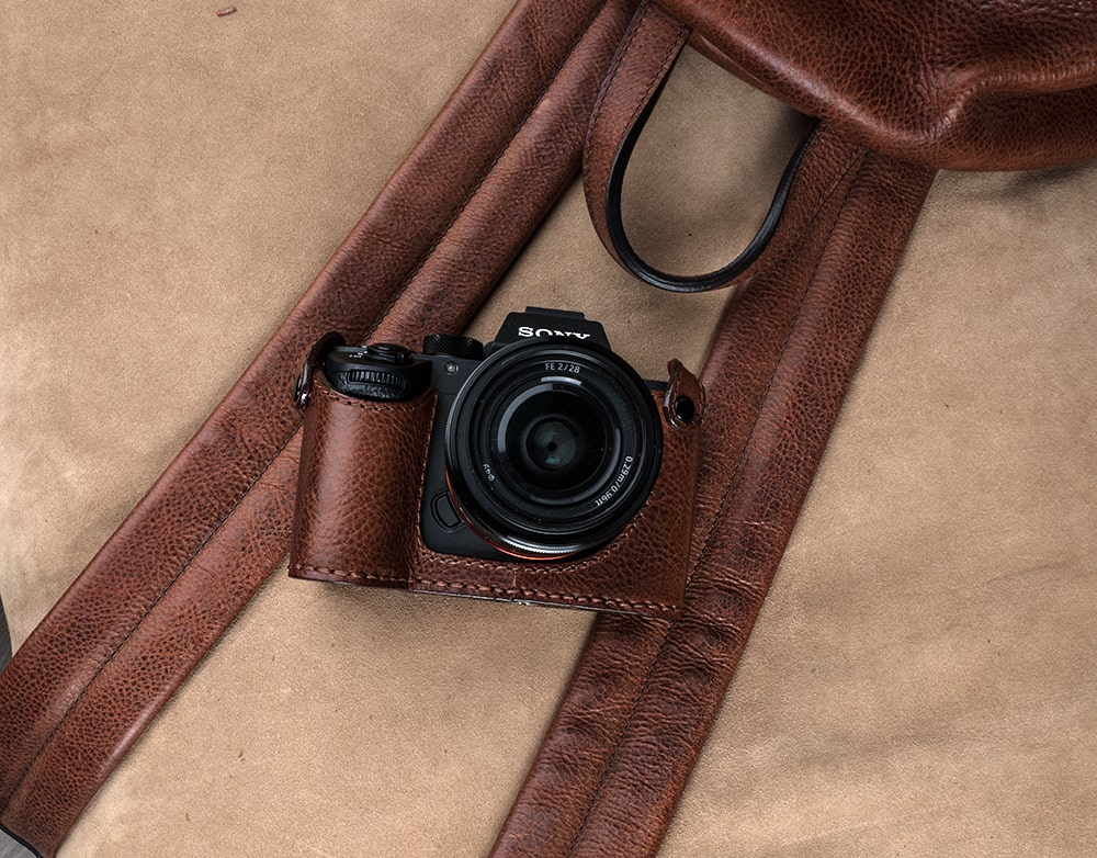 HALF CASES FOR SONY A7 III, A7R III AND A9