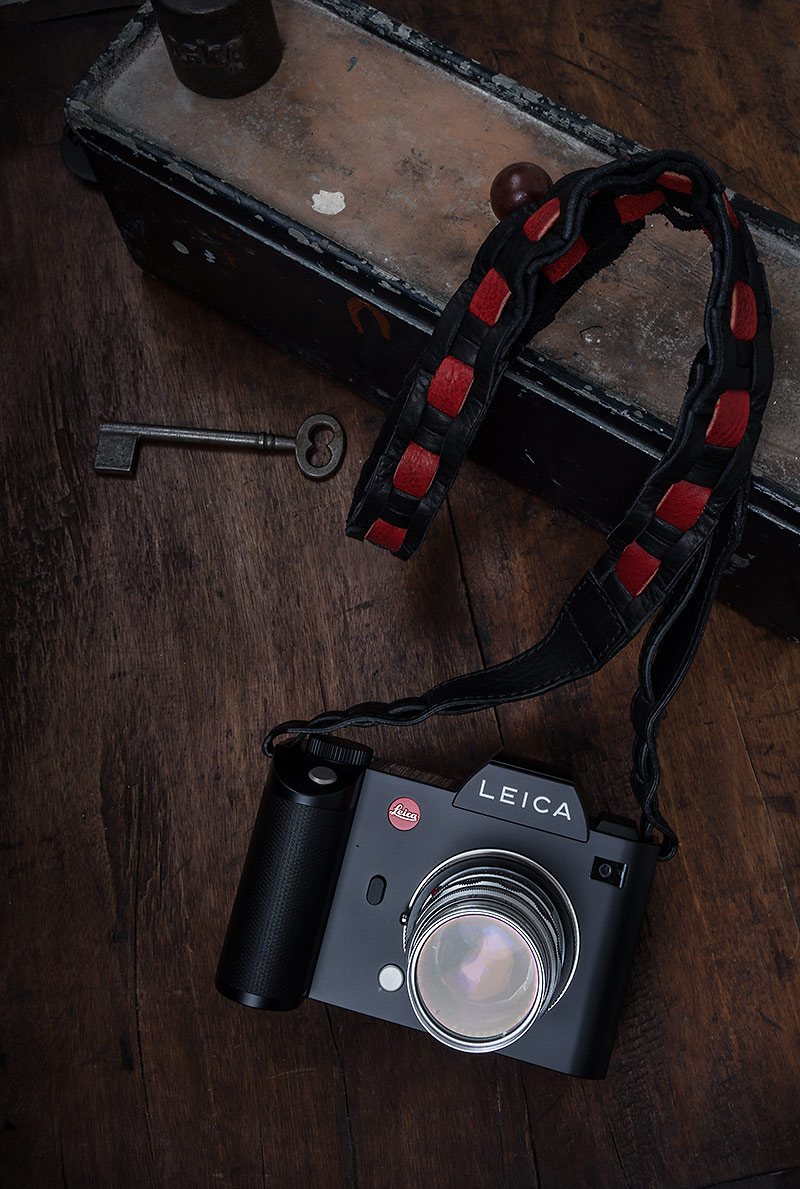 WETZLAR STRAP FOR LEICA S AND SL