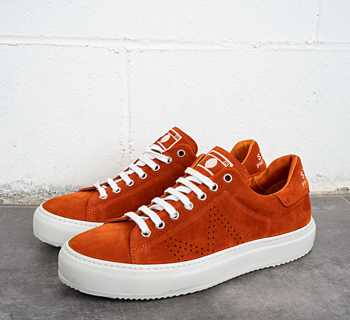 SNEAKER ORANGE SUEDE
