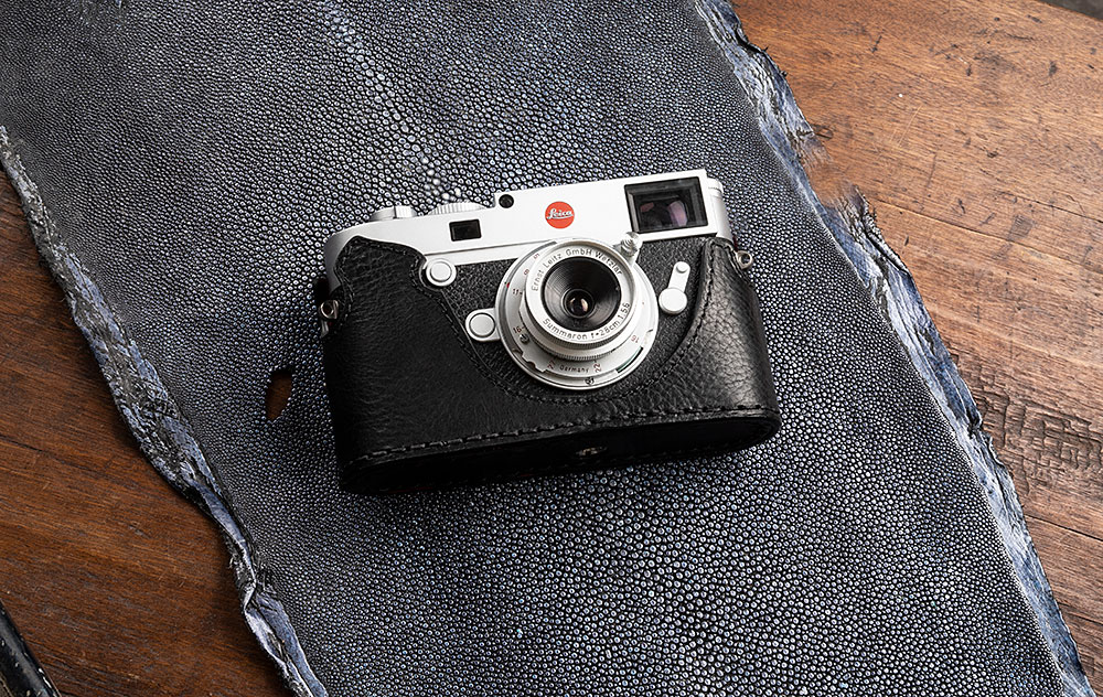 LEICA M10 HALF CASE MAGNETIC BOTTOM